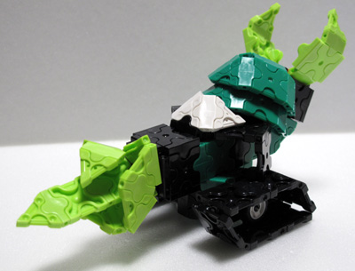 Jade_vehicle001.jpg
