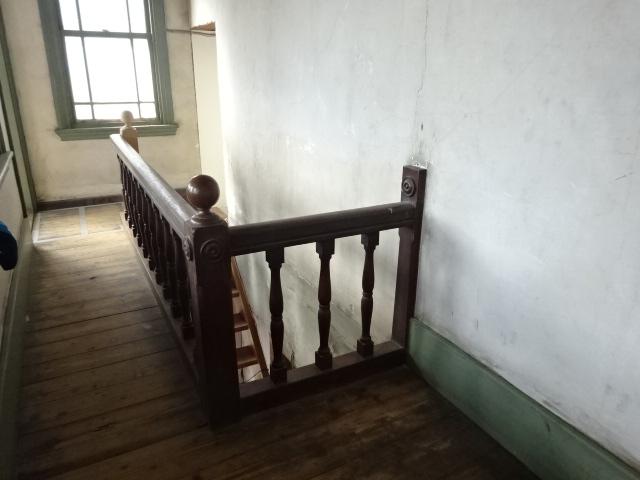 旧多田屋店舗 2階 階段