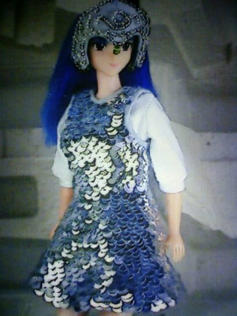 2000_costume_g.jpg