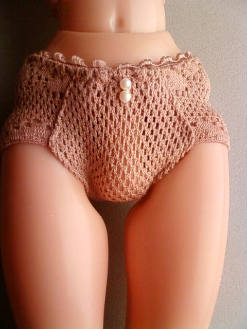 beige_shorts_a.jpg
