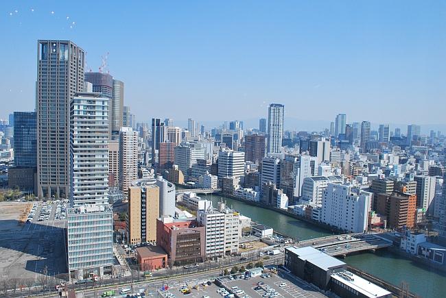 土佐堀川と大阪市内中央部