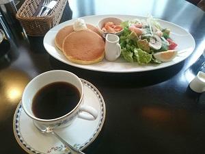 元町のcafeでランチ
