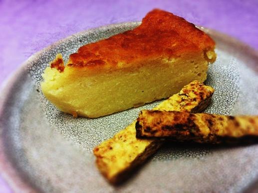 酒粕のチーズケーキと酒粕のグリッシーニ