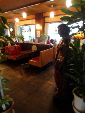 喫茶ボンボン泉本店03