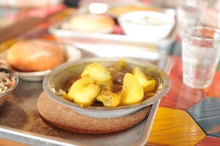 タジン鍋料理 チキン煮込み