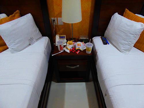 hotelAirp02.jpg