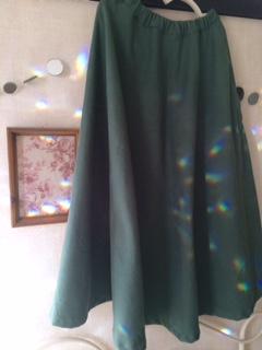 半円サーキュラースカート