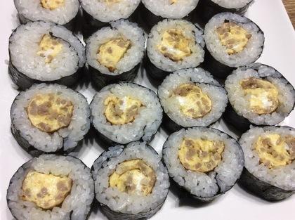 そぼろ卵焼き海苔巻き