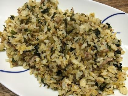 豚挽肉と高菜のチャーハン