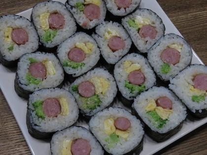 ソーセージ巻き寿司