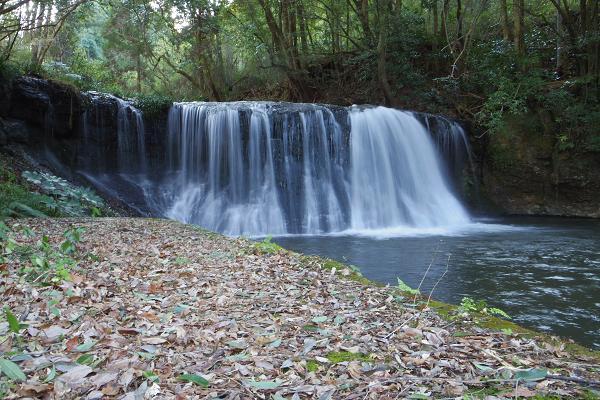 狸穴の滝2