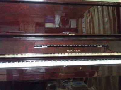 ピアノ(WAGNER)