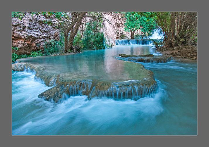 ムーニーの滝の下流