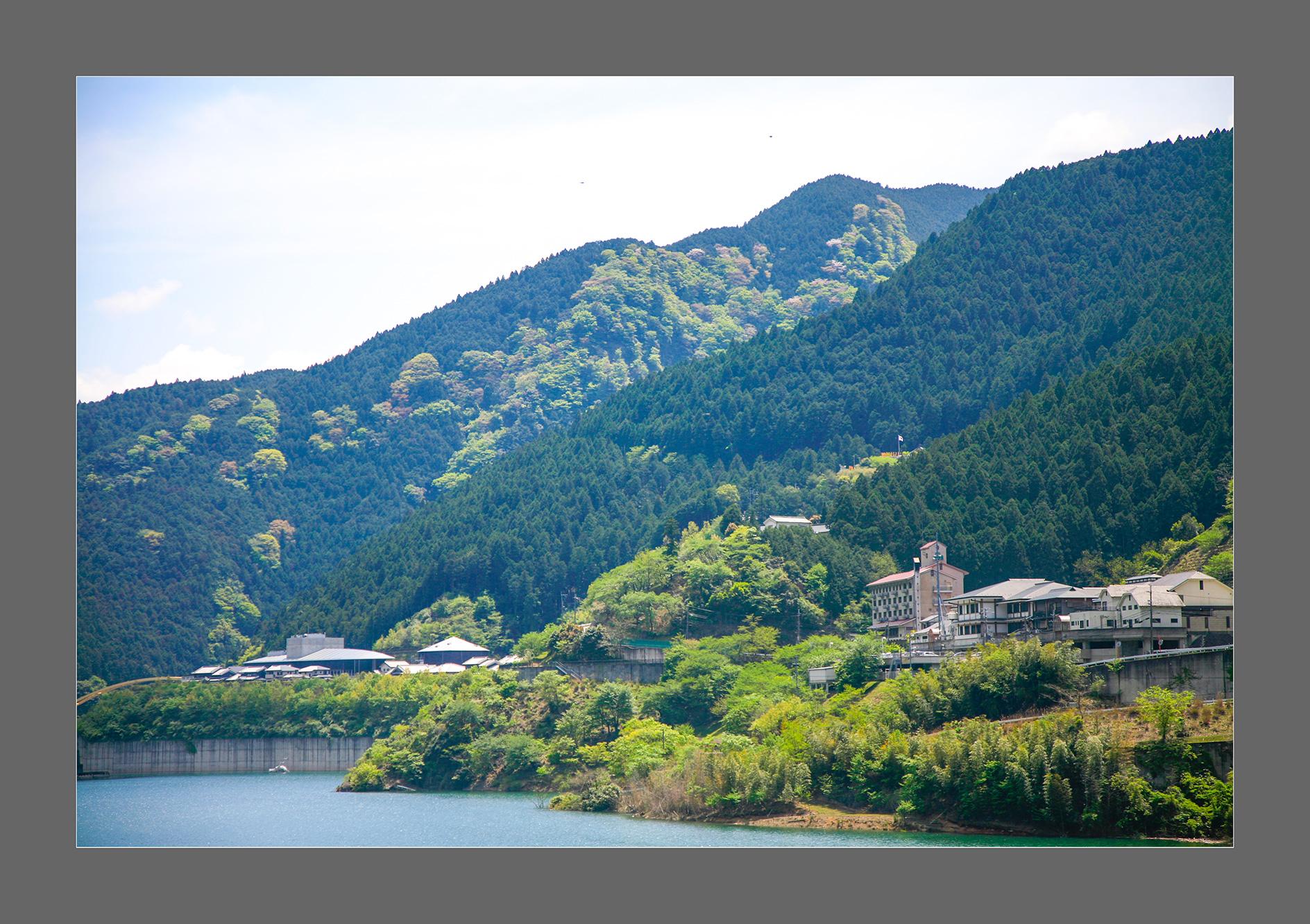 4川上村・中心部