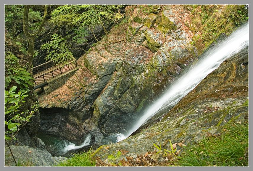 13蜻蛉の滝a