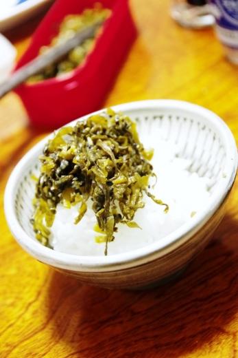 小鹿田焼きと奈良産ヒノヒカリと高菜漬け