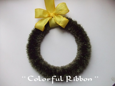 YellowBowMossWreath.jpg