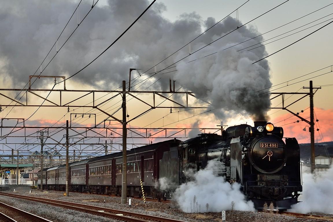2016.01.10_1640_09[1] 渋川 8736レ 「SL新春レトロみなかみ」 D51 498+在来形客車