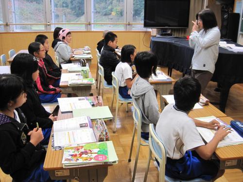 5学年音楽の授業(27.11.17)