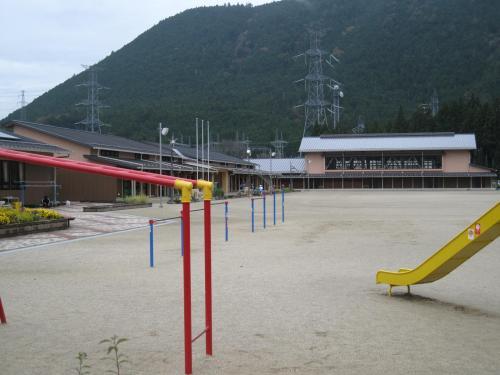 東栄小学校(27.11.18)