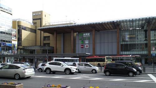 長野駅前(27.12.6)