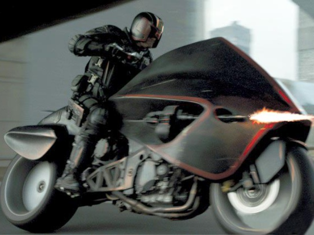 Dredd-2012-motorcycle-screenshot.jpg