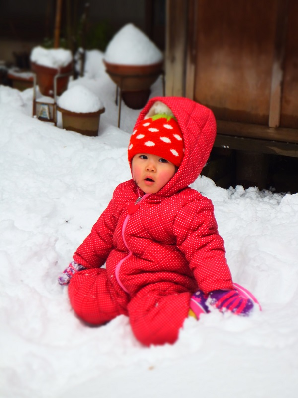 雪遊び みゆ いちごちゃん