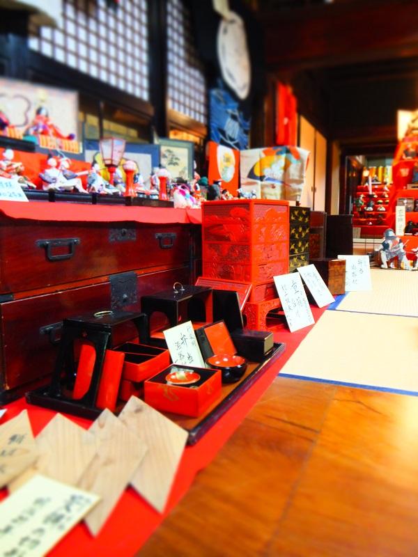 2016 人形さま 展示 左側 (2).