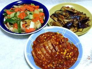 151117_3609揚げそば・茄子とシメジの胡麻味噌炒め・豚ブロック肉のミートソースと赤ワイン煮込みVGA