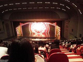 151205_3648_宝塚大劇場VGA