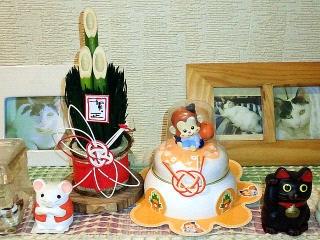 151226_3675玄関の迎春飾りzoomVGA