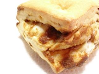 ローソン メープルビスケット 発酵バター入りa