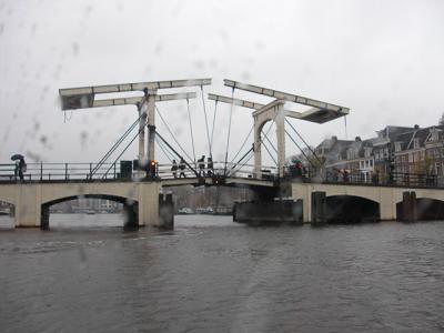 マヘレの橋