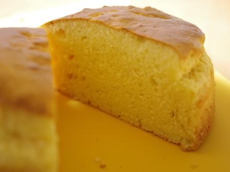 ホットケーキミックスでつくる材料みっつの超簡単スポンジケーキ04