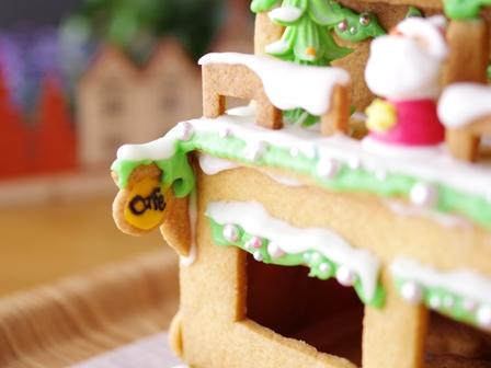 2015クリスマスのヘクセンハウスお菓子の家13
