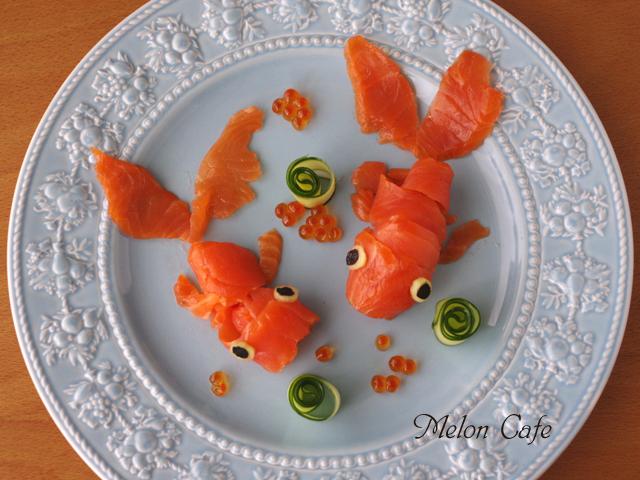 金魚に見立てたサーモンときゅうりのお造りいくら添え05
