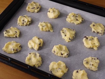 薄力粉で簡単チョコチップクッキー01