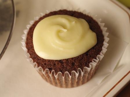ホットケーキミックスで作る白いガトーショコラ12