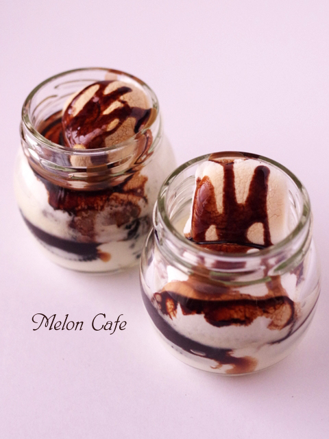 オレオとマスカルポーネで作るチョコスモアジャーケーキ00