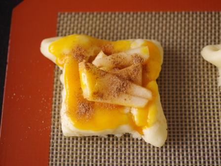 ホットケーキミックスで簡単デニッシュパンりんごシナモン08