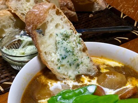 パンにスープ