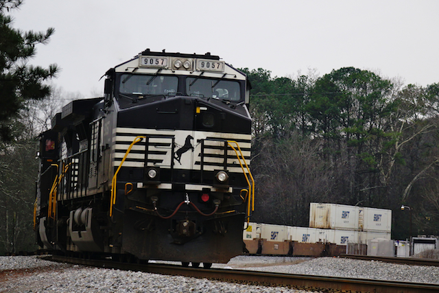 Jan0116 NorfolkSouthern 9057 1