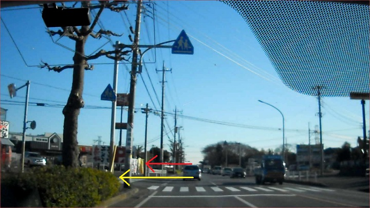 すき家犢橋店横の一時停止違反取締り、犢橋から〔すき家〕と取り締まり場所