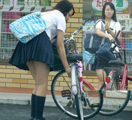 【盗撮画像】自転車通学中のJKは適当に歩いててもパンチラ見えてる説 41枚 No.11