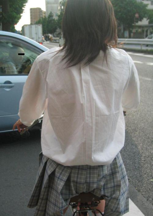 【盗撮画像】自転車通学中のJKは適当に歩いててもパンチラ見えてる説 41枚 No.22
