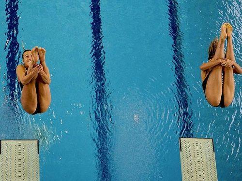 【即シコ】女子スポーツ選手の美しい筋肉と露出エロ画像 39枚 No.1