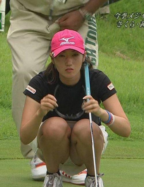 【即シコ】女子スポーツ選手の美しい筋肉と露出エロ画像 39枚 No.12