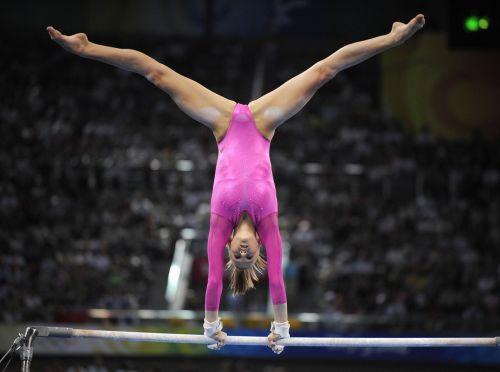 【即シコ】女子スポーツ選手の美しい筋肉と露出エロ画像 39枚 No.13
