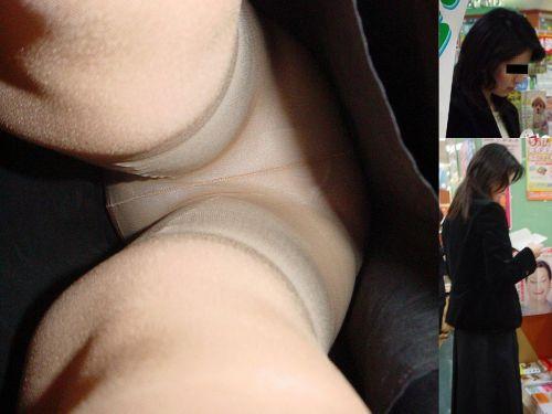 【画像】街中でOLさん達のスカートを逆さ撮り盗撮! 44枚 No.13