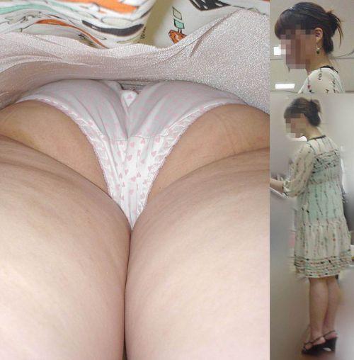 【画像】街中でOLさん達のスカートを逆さ撮り盗撮! 44枚 No.19